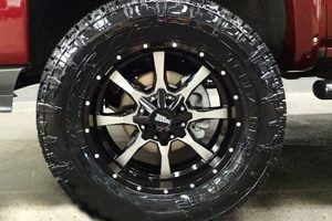 Chevy Silverado M0970 Moto Metal Wheels