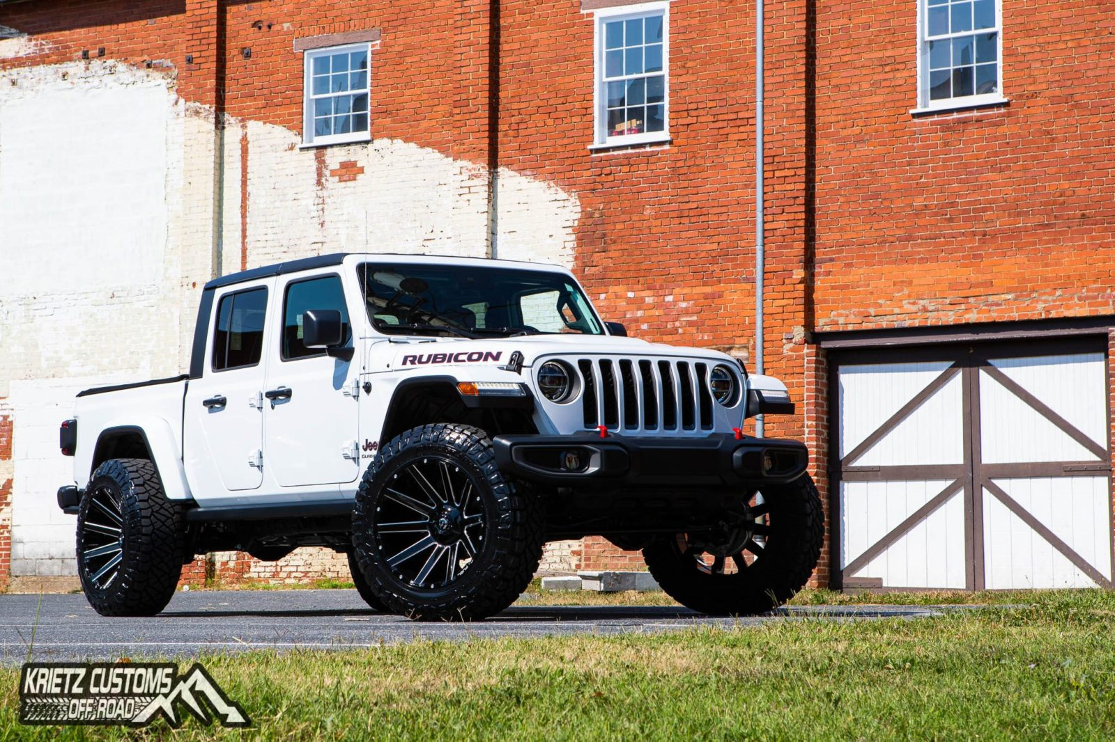 2020 Jeep Gladiator with Fuel Wheels